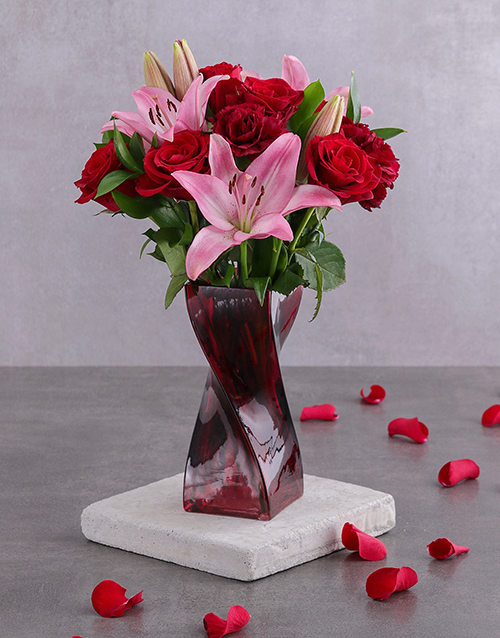 colour: Red Rose and Pink Bloom Arrangement!