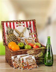 gifts: Fruit and Nut Picnic Basket!