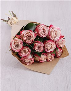 flowers: Variegated Pink Roses in Craft Paper!