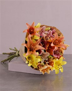 gifts: Lilies in Craft Paper!
