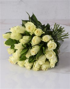 gifts: Whimsical White Rose Bouquet!