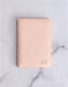 gifts: Personalised Pink Passport Holder !