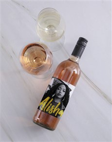 gifts: Personalised Vogue Photo Wine!