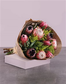 gifts: Sparkling Protea Bouquet!